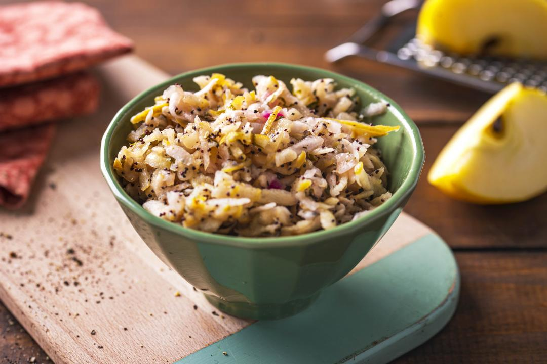 Salata de Mar si Telina cu Seminte de Mac
