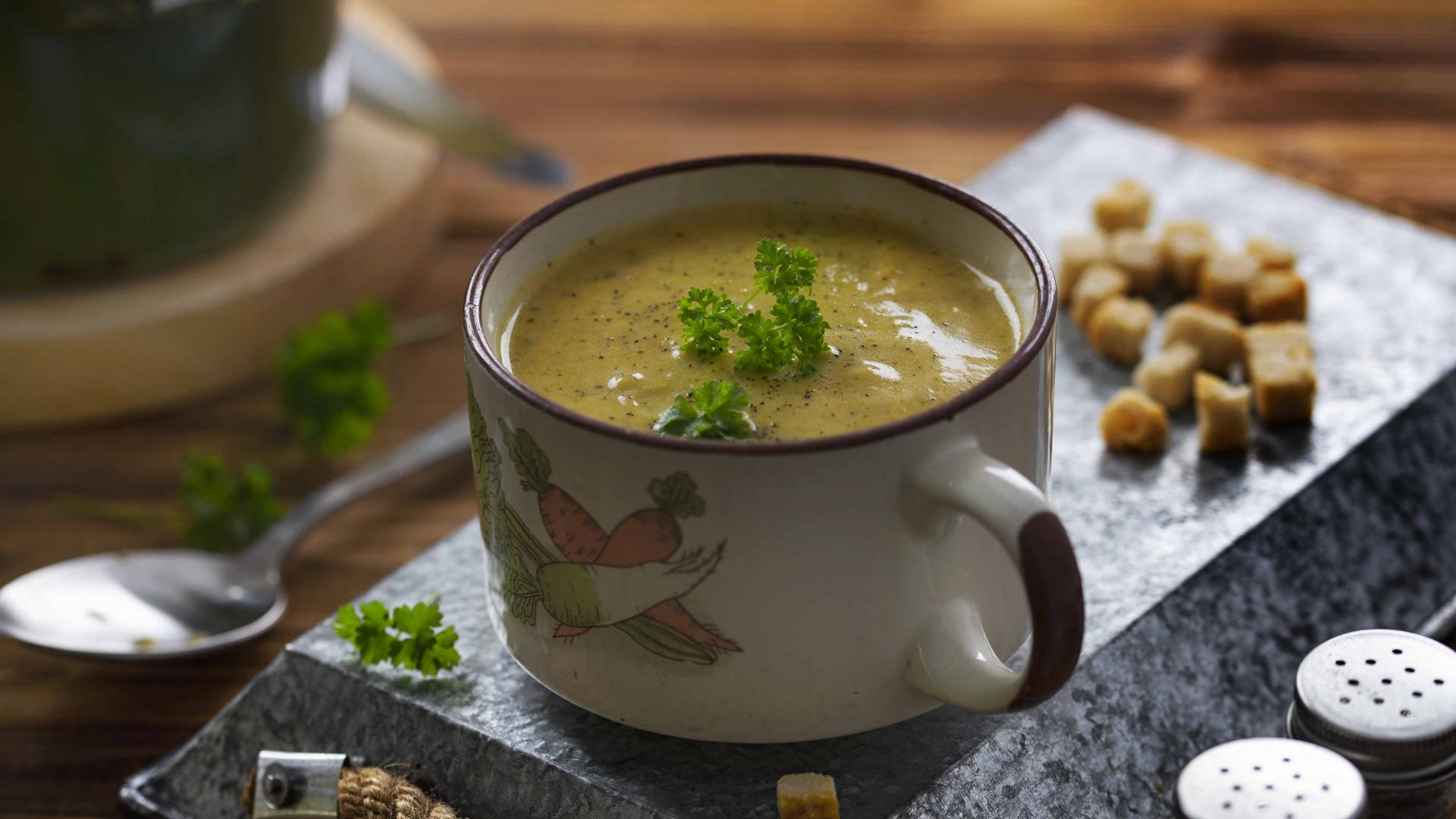 Supa Crema de Zucchini cu Gorgonzola 1