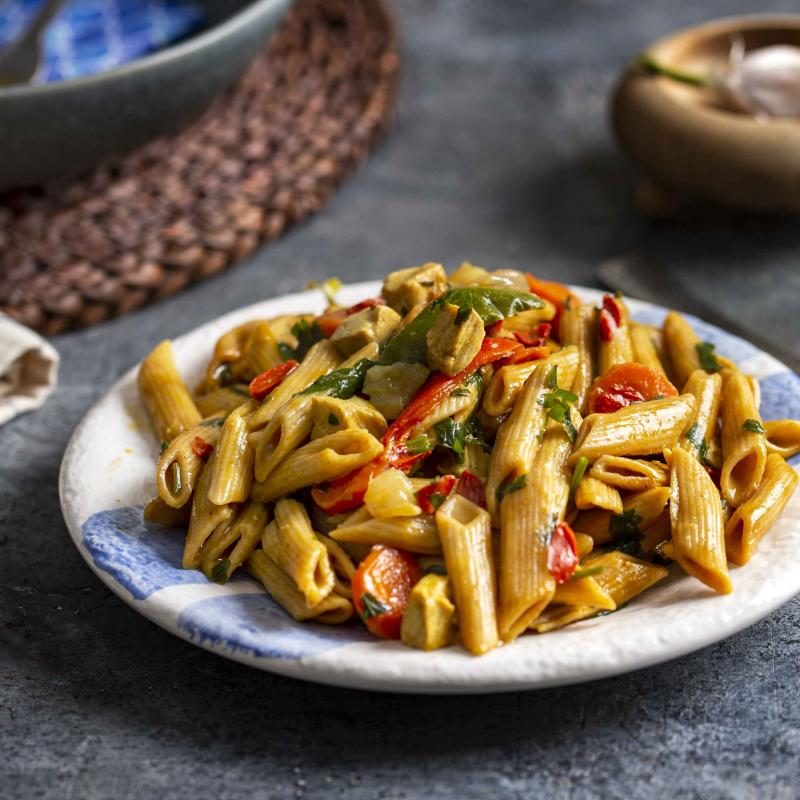 Penne Integrale cu Tofu, Goji si Curry