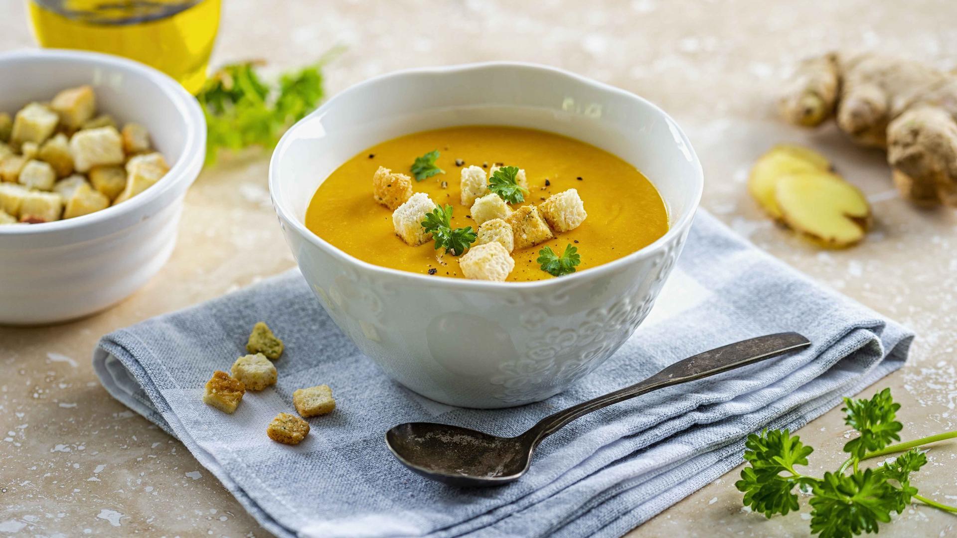 Supa Crema de Morcovi cu Ghimbir 1