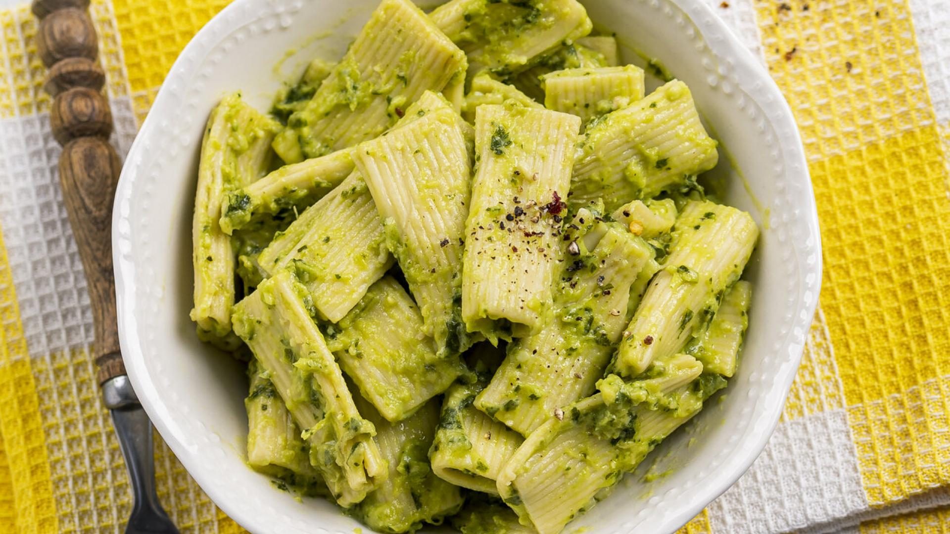 Avocado Pesto Pasta 1